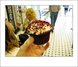 09CHA-cupcake