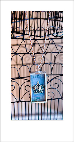 Crown-necklace