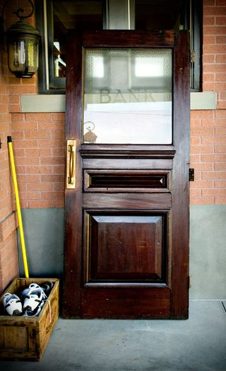 Bank-door