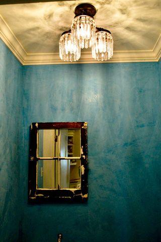 Bathroom-blue-light