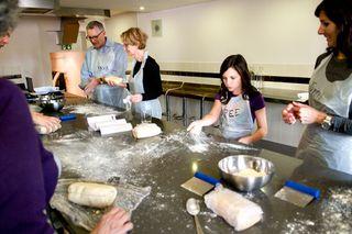 Bree-spreaking-flour